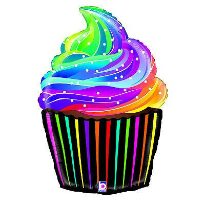 Cupcakes clipart rainbow.