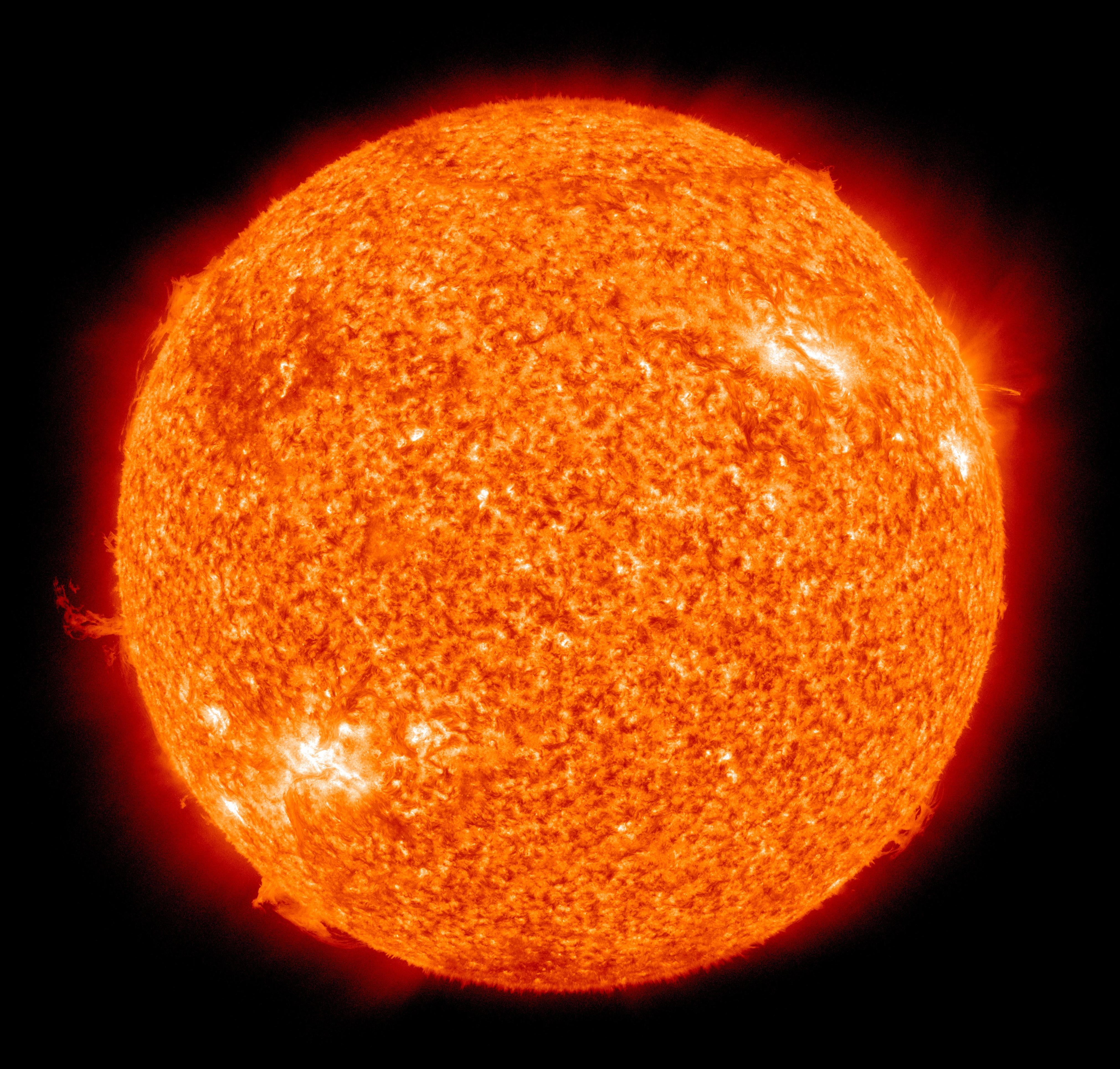 Realistic sun clipart.